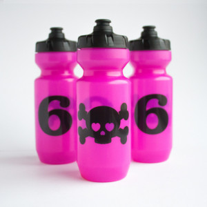 T6_SkullPink_bottle